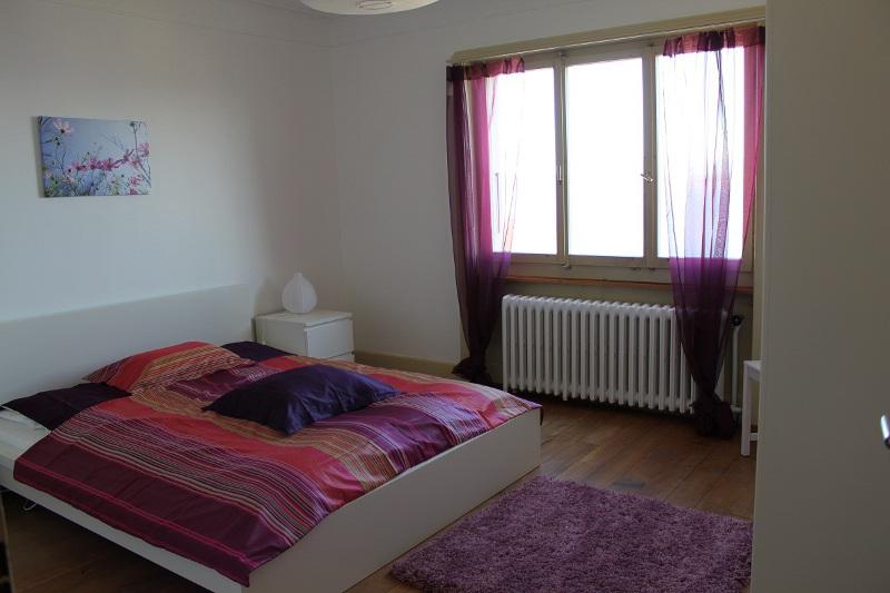 Clos soleil l appartement for Chambre violette